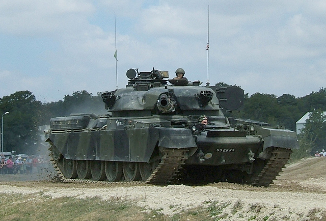 A British made Chieftan tank on display in the UK (Andrew Skudder, 2005, Flickr)