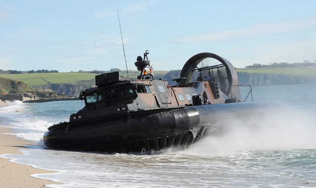 British military hovercraft landing on a Cornish beach. We don't know if this is the type sold to Pakistan, as the Department for Dodgy Deals on't tell us. (Flickr / UK Ministry of Defence)