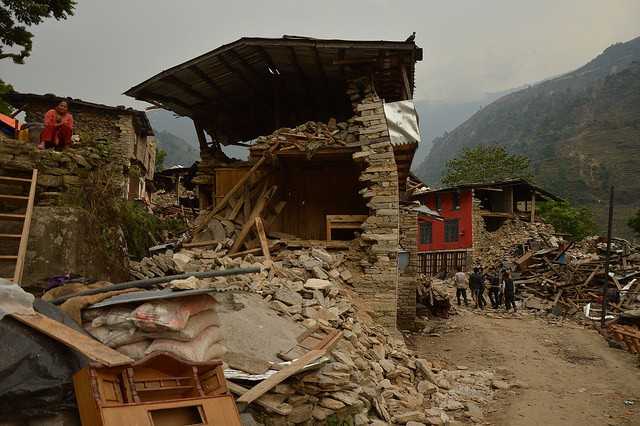 Houses destroyed by the 25 April 2015 earthquake in Nepal (Flickr / European Commission DG ECHO)