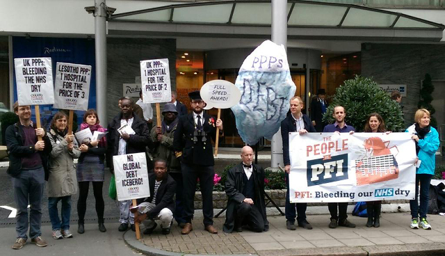 Campaigners outside the Africa PPPs conference in London / Jubilee Debt Campaign
