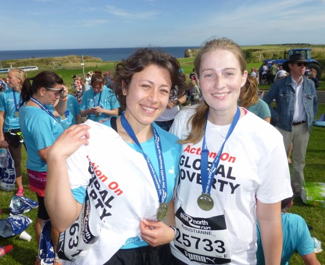 Raquel and Khristianne, students in the Medical Faculty, at the Finish.