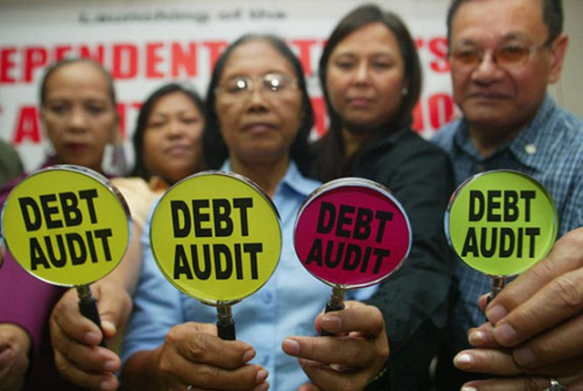 Campaigners in the Philippines highlight the need for a debt audit (Freedom from Debt Coalition)